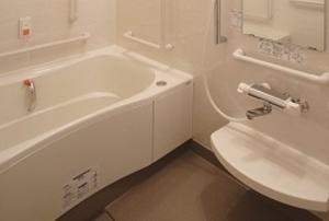 そんぽの家 萩山(旧名称:アミーユレジデンス萩山) 居室浴室(同タイプの他のそんぽの家の写真)