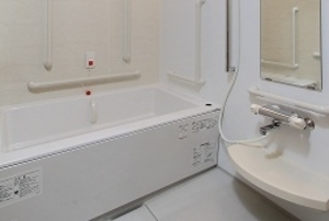 そんぽの家 砧南(旧名称:Sアミーユ砧南) 居室浴室