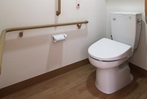 そんぽの家 砧南(旧名称:Sアミーユ砧南) 居室トイレ