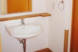 そんぽの家 浜松(旧名称:アミーユ浜松) 居室洗面