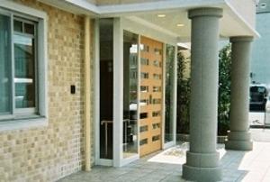そんぽの家 浜松(旧名称:アミーユ浜松) 玄関