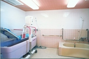 そんぽの家 蘇我(旧名称:アミーユ蘇我) 機械浴室