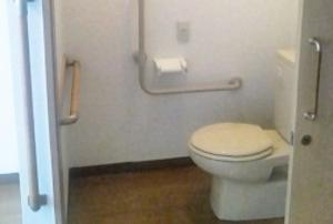 そんぽの家 中庄(旧名称:コミュニティホーム アミーユ中庄) 居室トイレ