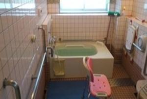 そんぽの家 豊中穂積(旧名称:アミーユ豊中穂積) 浴室
