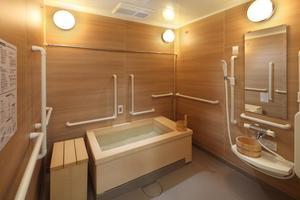 グランダ甲南山手 疲れを癒すくつろぎの時間をお過ごしいただけます。広々としており、ゆったりとくつろげる浴室です。