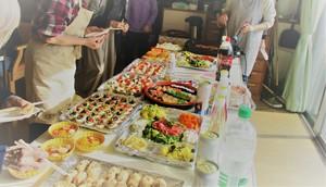 もえぎ中野白鷺 特別な日には、ビュッフェスタイルでお食事をご提供