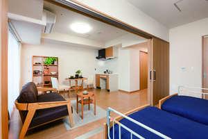 ネクサスコート豊平 二人部屋は、広いお部屋にミニキッチンを標準装備しております