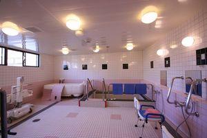 家族の家ひまわり一橋学園 浴室3