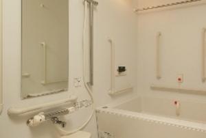 そんぽの家S 宝塚小林(旧名称:Cアミーユ宝塚小林) 居室浴室