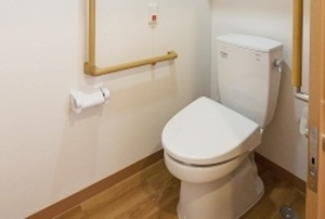 そんぽの家S 諏訪(旧名称:Cアミーユ諏訪) 居室トイレ