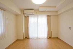 そんぽの家S 神戸上沢(旧名称:Cアミーユ神戸上沢) 居室